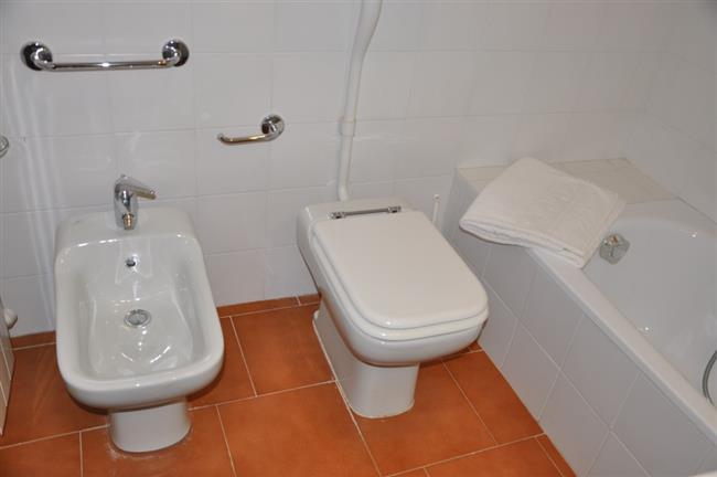 the other bathroom with bathtub