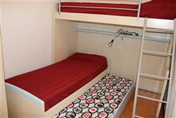 Bunk beds + 1 extractable bed