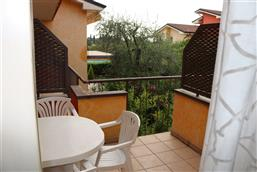 Living-kitchen with balcony